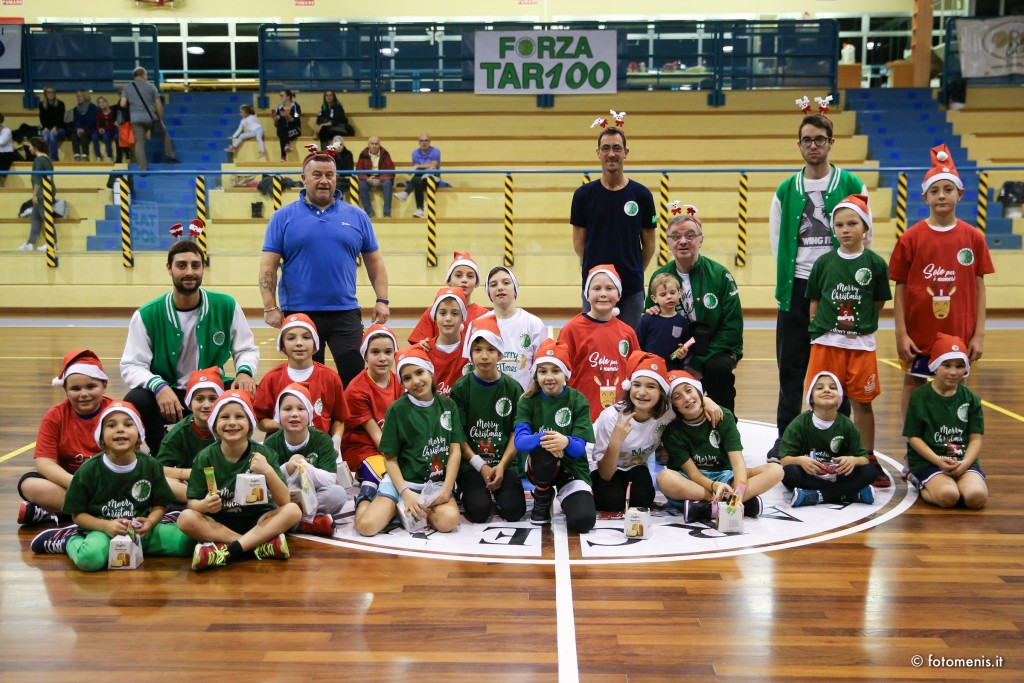 festa di Natale Tarcento basket aquilotti