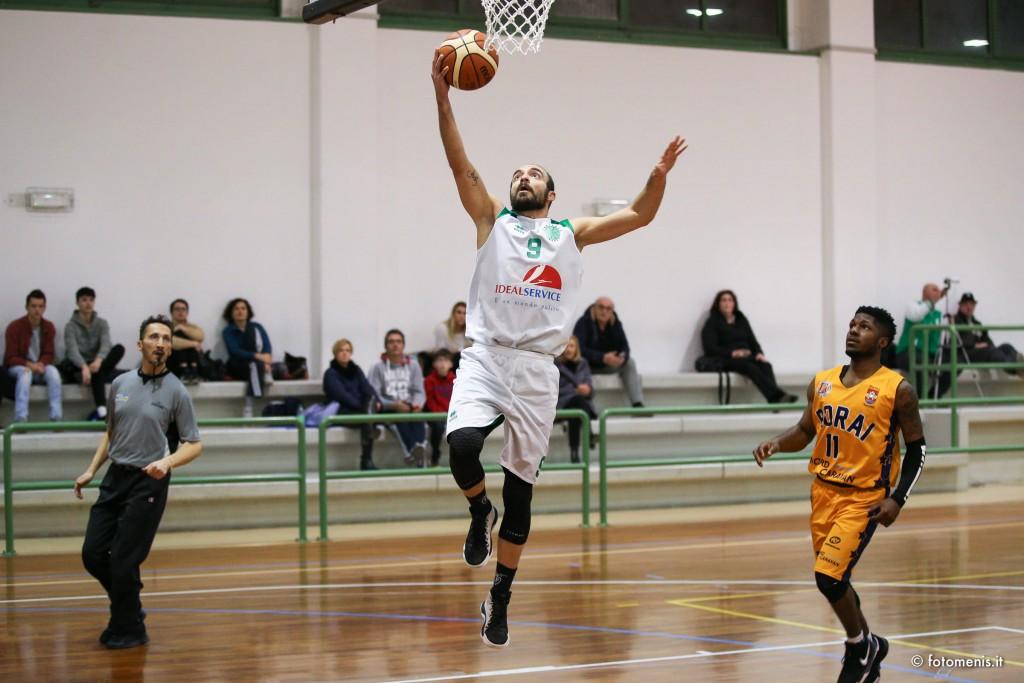 IdealService Tarcento basket vince contro Rorai grande