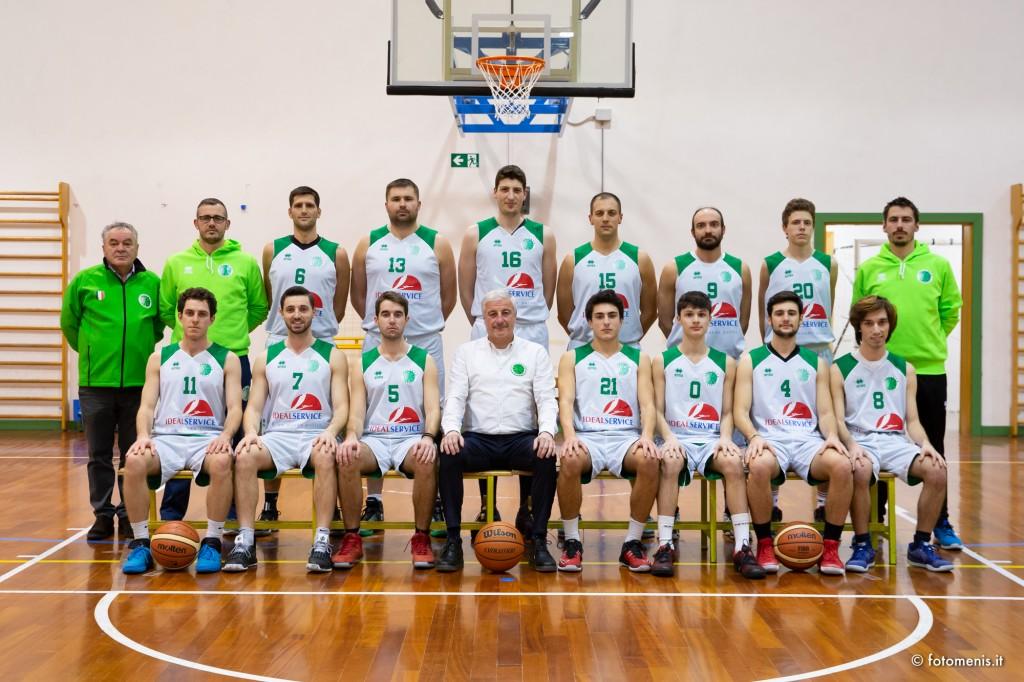 La formazione della prima squadra IdealService Tarcento basket Serie D 2018-19